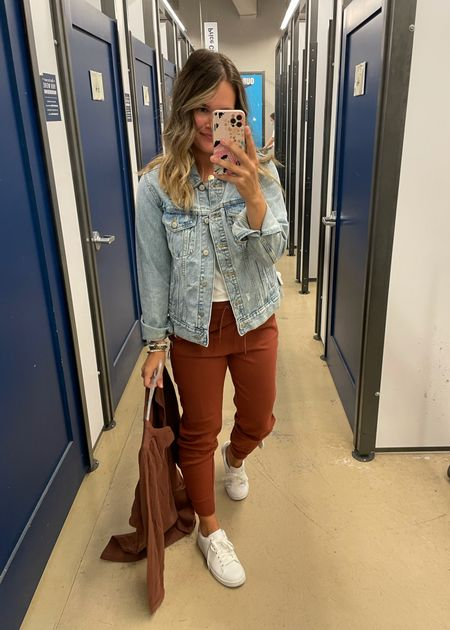 Old navy outfit #oldnavy joggers and casual outfit #casualoutfit #joggers #momstyle   #LTKunder50 #LTKstyletip #LTKsalealert