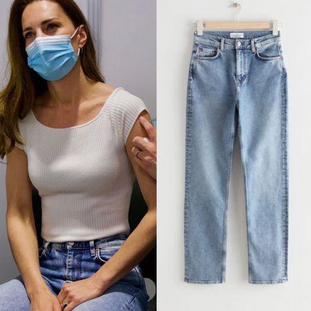 Kate wearing & Other Stories Favourite jeans #highwaist #momstyle #denim   #LTKstyletip