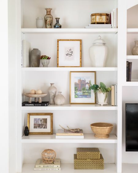 Bookcase styling, bookcase design, bookcase decor, shelf decor, home decor, living room decor, decorative objects. #liketkit @liketoknow.it http://liketk.it/3hPQX