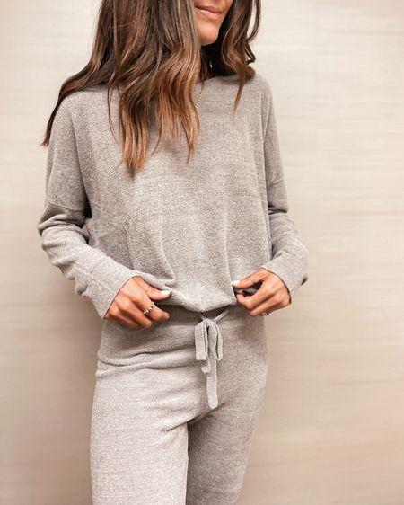 Pajama set, loungewear, cozy chic set, two piece set, StylinByAylin   #LTKSeasonal #LTKstyletip
