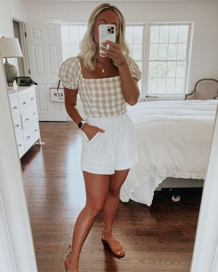 Summer outfits http://liketk.it/3hwZM #liketkit @liketoknow.it
