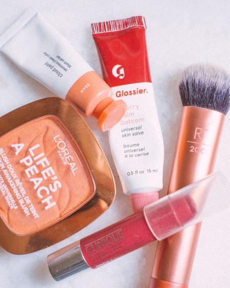 Woke up like this ❤️ Shop the post via @liketoknow.it http://liketk.it/3jeLA #liketkit #LTKeurope #LTKbeauty