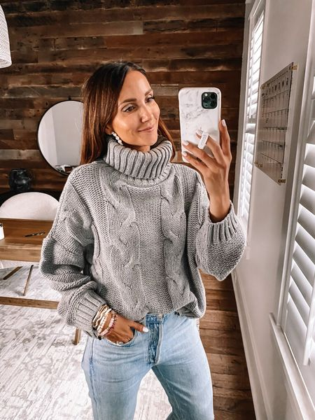 Amazon sweater in size small, fall outfit #anna_brstyle