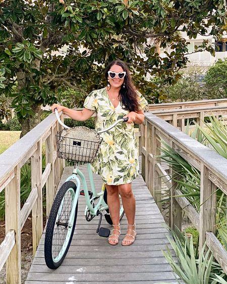 Lemon dress, lemon dress for summer, short sleeve dress, lemon print dress  http://liketk.it/3h8gG #liketkit @liketoknow.it #LTKunder50