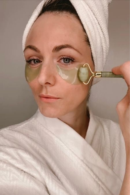 Depuffing eye patches and jade roller  #LTKbeauty #LTKVDay #LTKunder50