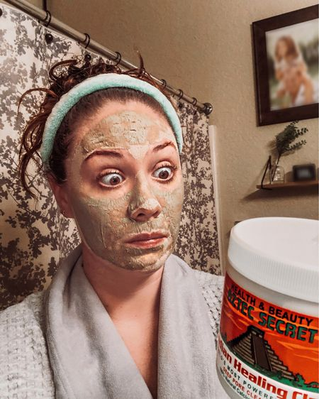 """My face when I first used this mask and thought """"am I supposed to look like this?"""" Heck, darn yeah 😆!!! Haha, this clay mask is one of my fave items to add into my beauty routine. I'm explaining where it fits into the mix in my latest blog post all about my skincare schedule!!! It helps to have the right products in your cabinet, but it's even better if you know when to use them so they're the most effective!!! Head to the link in my bio and click """"The Blog"""" to read more 🧖🏻♀️ • Screenshot this pic to get shoppable product details with the LIKEtoKNOW.it shopping app •  http://liketk.it/2LwlX @liketoknow.it #LTKfamily #LTKunder50 #liketkit @liketoknow.it.home #LTKbeauty"""