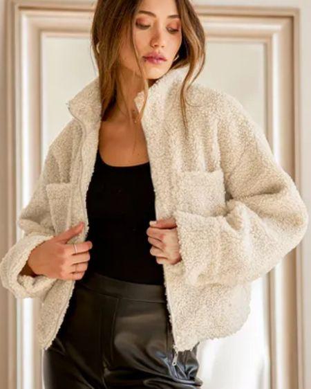 Such a cozy sweater. http://liketk.it/325bi #liketkit @liketoknow.it #LTKstyletip #LTKsalealert #LTKunder100
