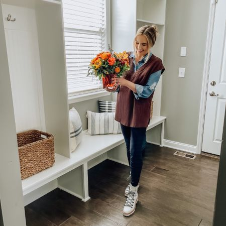 I've always dreamed of having a mudroom. It's the perfect space to welcome you home at the end of  the day. I do intend to keep this area organized, however with a toddler, anything is possible. For now I plan to decorate this space to be warm and cozy for fall. I expect lots of neutrals, incorporating browns and subtle greens. And speaking of fall, this #ootd is getting me through this transitional weather. A sweater vest is essential for layering. This perfectly oversized find is from @sheinofficial and I am OBSESSED. You can use CODE: AW1145 for an extra 15% off any purchase until 12/31.