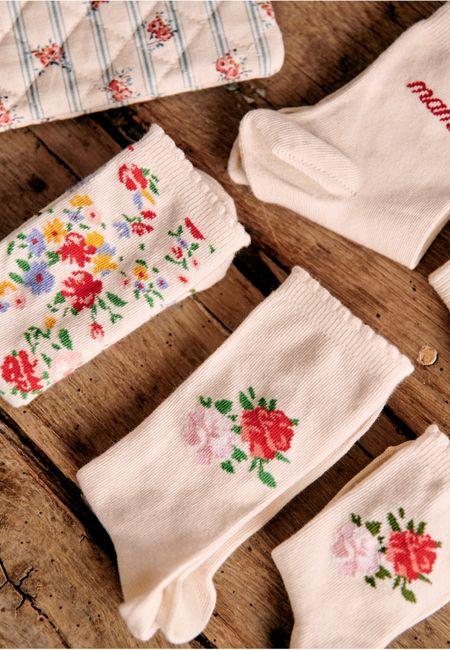 Floral print socks  Grandmillennial    #LTKunder100 #LTKshoecrush #LTKunder50