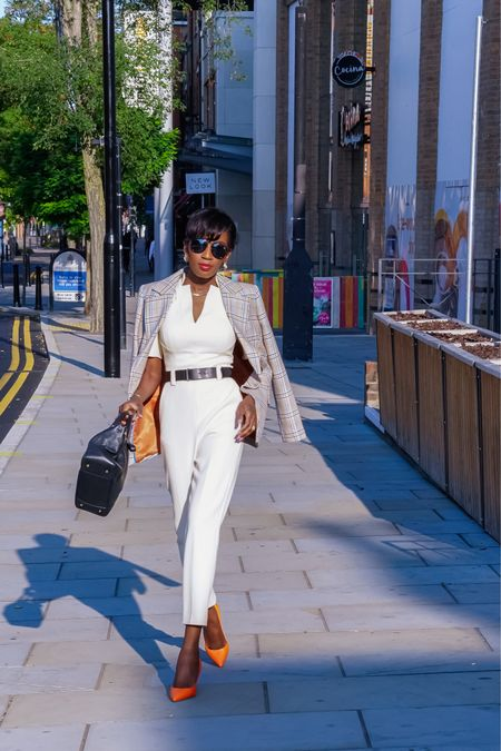 Add a blazer to your short sleeve or sleeveless  jumpsuit for a transitional style   #LTKworkwear #LTKeurope #LTKstyletip