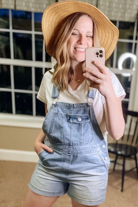 Classic look with these cute overalls!    You can instantly shop my looks by following me on the LIKEtoKNOW.it shopping app   http://liketk.it/3bUcQ #liketkit @liketoknow.it #LTKSpringSale #LTKunder50 #LTKsalealert