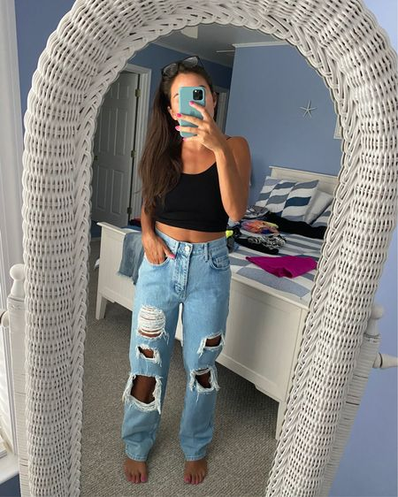 90s kid P. S. These jeans are super comfy and loose! Just got them and can't wait to pair with my Vans and a tie dye tee, or some mules and a crop top!  @liketoknow.it #liketkit http://liketk.it/2SnMe