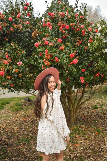 Spring floral mini dress 🌸✨   @liketoknow.it http://liketk.it/3crhU #liketkit #LTKtravel #LTKsalealert