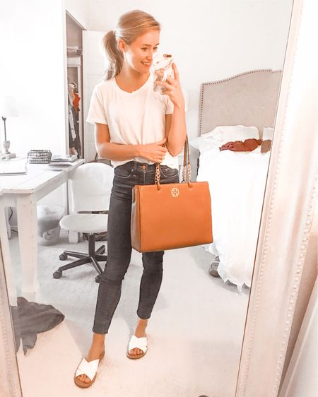 A sneak peek at one of my very FAVORITE nordstrom anniversary sale purchases! This Tory Burch tote is everything! You can instantly shop all of my looks by following me on the LIKEtoKNOW.it app http://liketk.it/2Dc5s #liketkit @liketoknow.it