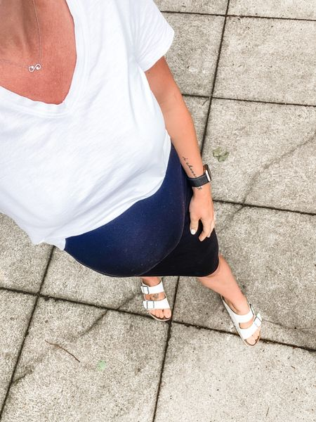 OOTD, comfortable and perfect for these summer days! Non maternity tee, just tucked into a maternity skirt 👌🏼  http://liketk.it/3ipZ6 #liketkit @liketoknow.it #tee #tshirt #maternity #skirt #bump #bumpstyle #blackandwhite #bumpfashion #ootd #birkenstocks #sandals #casual #style