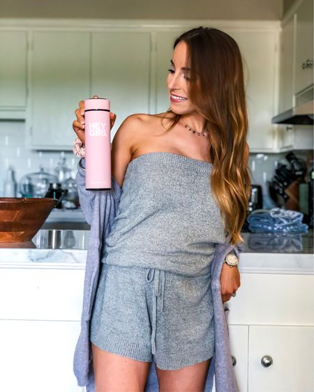 HEYYY GIRLLL! How cute is this Hey Girl Tea tumbler? #ad Perfect for on-the-go use, def taking her to the beach with me this week! Absolutely loving this new line of health and wellness products- from detoxes to immunity teas, I'm hooked! check my LIKEtoKNOW.it for more of their fab items!    #heygirl #heygirlteas #heygirlteam #detox #wellness #selfcare #health #healthandwellness   #liketkit @liketoknow.it http://liketk.it/2P7Eq