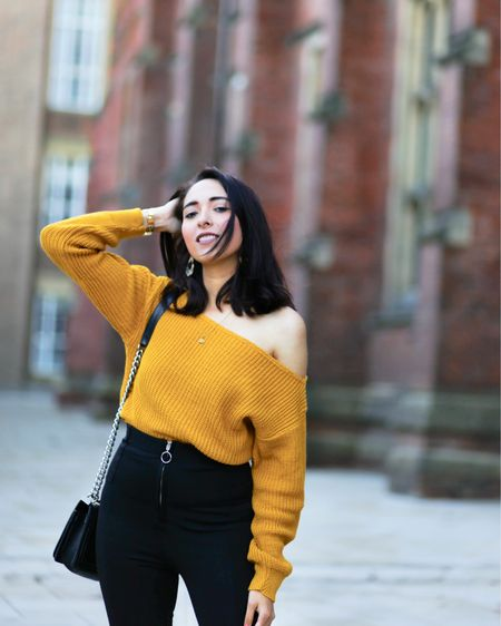 Are you guys into off shoulders jumpers, I love this one by @femmetheluxe.  📸 @gemmalitlleworld   http://liketk.it/2ym5R #liketkit @liketoknow.it