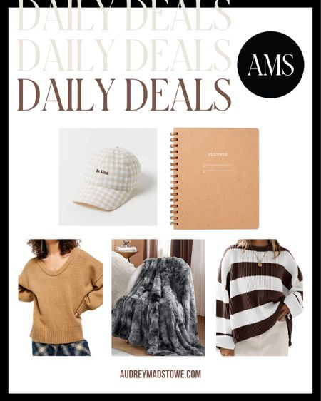 DAILY DEALS ⭐️ Fall fashion finds and gift ideas!  #LTKHoliday #LTKstyletip #LTKunder50