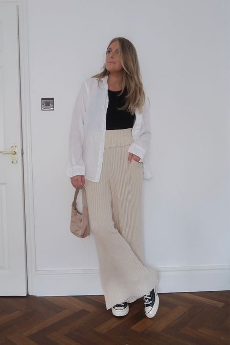 Free people trousers, knitted trousers, comfy trousers, converse . Black converse, converse outfit, linen shirt, oversized shirt , summer outfit @liketoknow.it #liketkit http://liketk.it/3kaws #LTKeurope #LTKstyletip #LTKunder100
