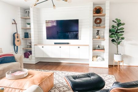 My living room is ready to shop on LIKEtoKNOW.it! 🙌🏻 http://liketk.it/2Gb9x #liketkit @liketoknow.it
