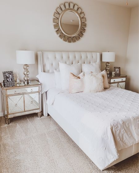 { wishing my bedroom looked like this right now ☁️☁️☁️ at least i'm inspired to put my house back in order over the next few days by looking at this photo 😜 http://liketk.it/2MmY8 #liketkit @liketoknow.it #StayHomeWithLTK #LTKhome #LTKunder100 }