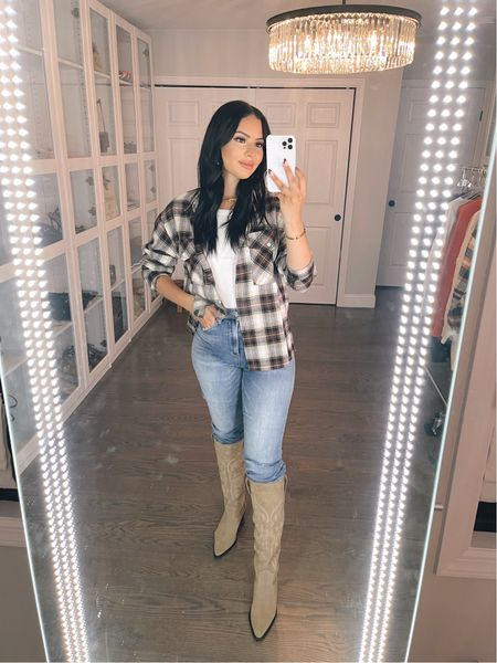 Love this flannel! Another great amazon find! I'm wearing size large   #LTKSeasonal #LTKHoliday #LTKstyletip