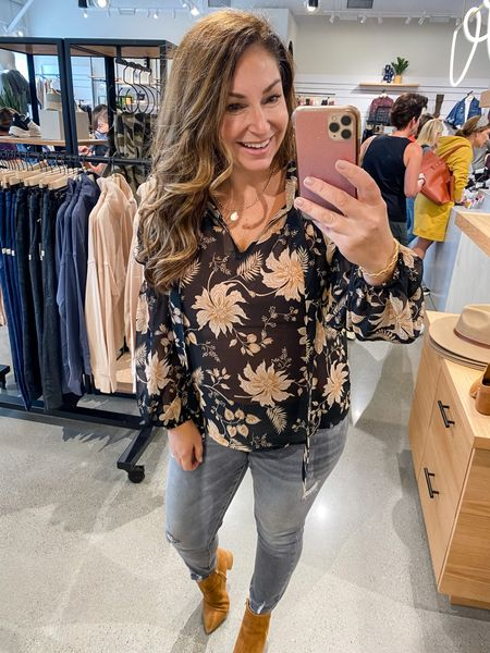 Evereve New Arrivals  Sanctuary London Tie Neck, in a medium but does run tiger across the chest   Fall outfit  Fall Top Thanksgiving blouse  Thanksgiving outfit   #LTKHoliday #LTKcurves