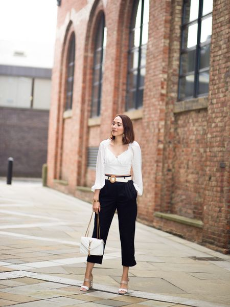 Slightly obsessed with crop tops at the minute, and how to style them in style 🙌🏻 new blog post has just gone live, and have also a special promo code with 15%off to spend at @sheinofficial 👉link in bio   http://liketk.it/2Fodt #liketkit @liketoknow.it